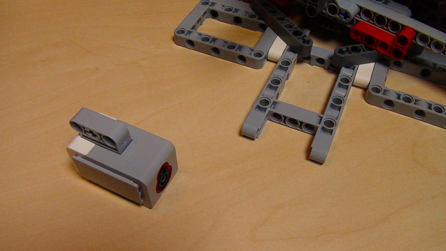Preview for How to calibrate the Light Sensor for the Catapult build from Mindstorms EV3/NXT