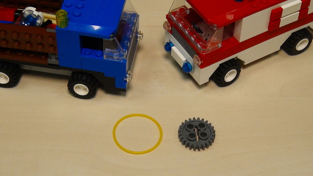 Image for Rubber bands, gear wheels and motors attachment for solving FLL 2013 Truck and Ambulance (part 3)