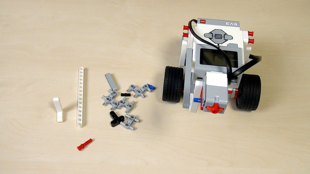 Image for EV3 Phi. Teacher Note. Extend a construction by changing the plane of building