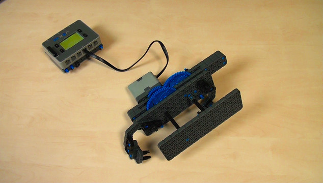 Image for VEX IQ. Synchronizing levers movement with Gears moving in opposite directions